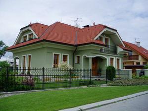 Tak toto je ten nádherný dom, teda aspoň podľa môjho gusta :-)