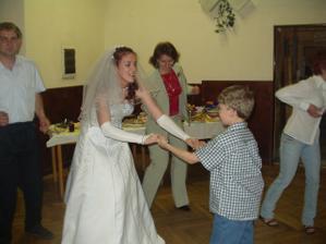 tancovali všichni chlapy, i můj oblíbenec Péťa...
