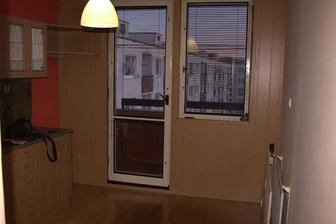 Kuchyňa s pôvodným balkónom