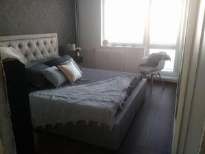 Takmer dokončená spálňa :) chýba garniža a zrkadlo :)
