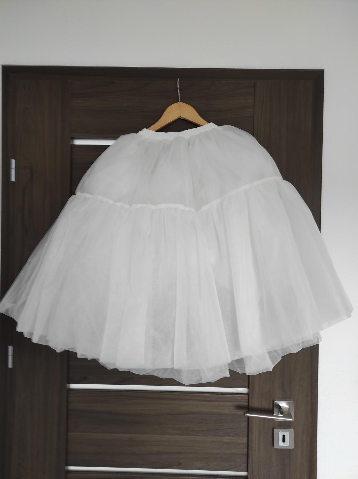 Svatební šaty krátké - Obrázek č. 2
