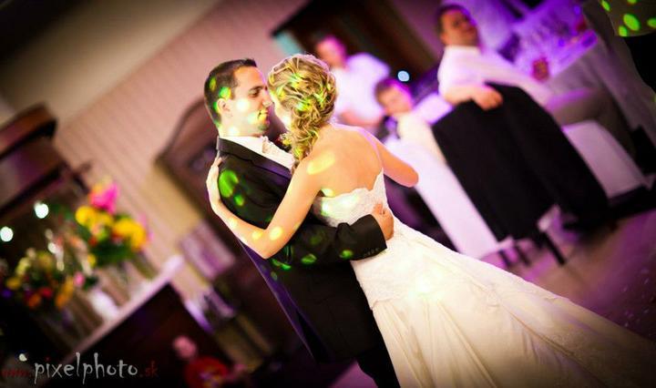 soundeffects - Dobrý DJ´s a fajn svetlo - vynikajúca svadba !