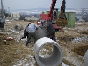 Februar 2011, vykop studne