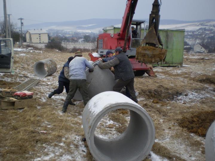 Domcek :) APS K01 - Februar 2011, vykop studne