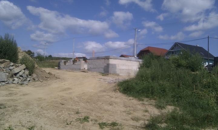 Domcek :) APS K01 - August 2011 - pohlad na zadnu cast domu
