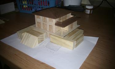 Maj 2013 - Maketka - pomocou nej navrhneme teren okolo domu