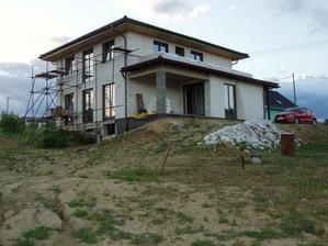 Maj 2013 / zlozity teren za domom