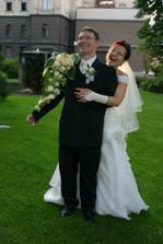 Snažíme se uvolnit ženicha a zatím se spustila nevěsta... :-)))