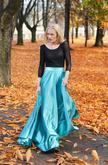 Spoločenské sukne rôznych strihov a materiálov na http://www.dyona.sk/spolocenske-sukne/