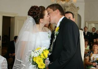 Svatební polibek - máme to zpečetěno.