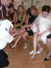 Poznávání nevěsty.