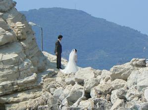 Na cestách po Řecku jsme potkali i svatbu. Bylo to přesně týden po té naší - náhodička:)