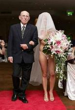 Moderní nevěsta...návrhář Adameva