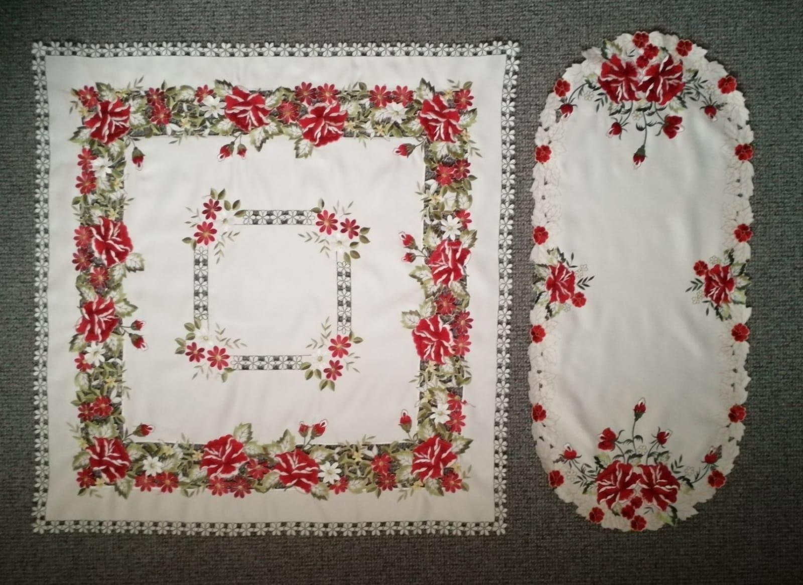 Set obrúsky s ružami 85 x 88 cm, 88 x 48 cm - Obrázok č. 1