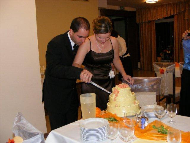 Irenka Lukáčová{{_AND_}}Henrich Kubík - a krájame tortu