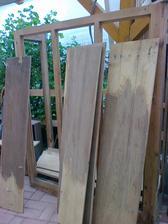 manželka by povadala kopa zhnitého dreva.