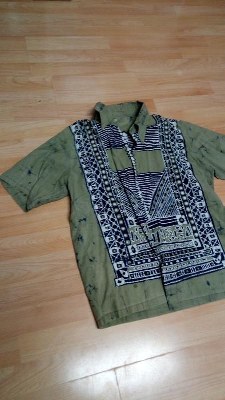 Zajímavá košile - Obrázek č. 1