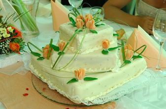 Svatební dort - medovník