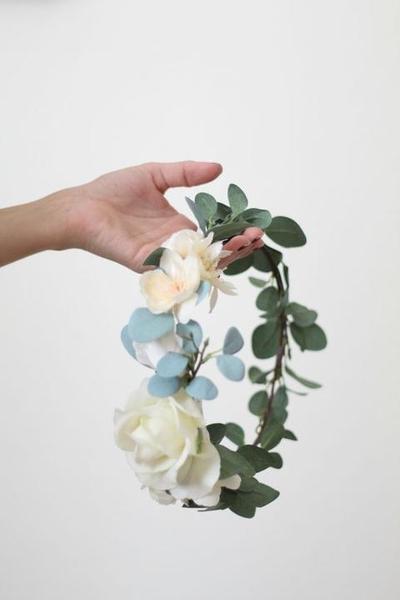 494ac90dd25 Věneček z živých květin - vydrží  - - Kytice