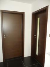dvere osadene, klucky namontovane
