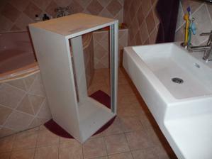 prisla kúpeľňová skrinka do spodnej kúpeľne