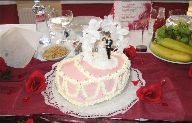 Detaily z nasej svadby - torta s vyzdobou