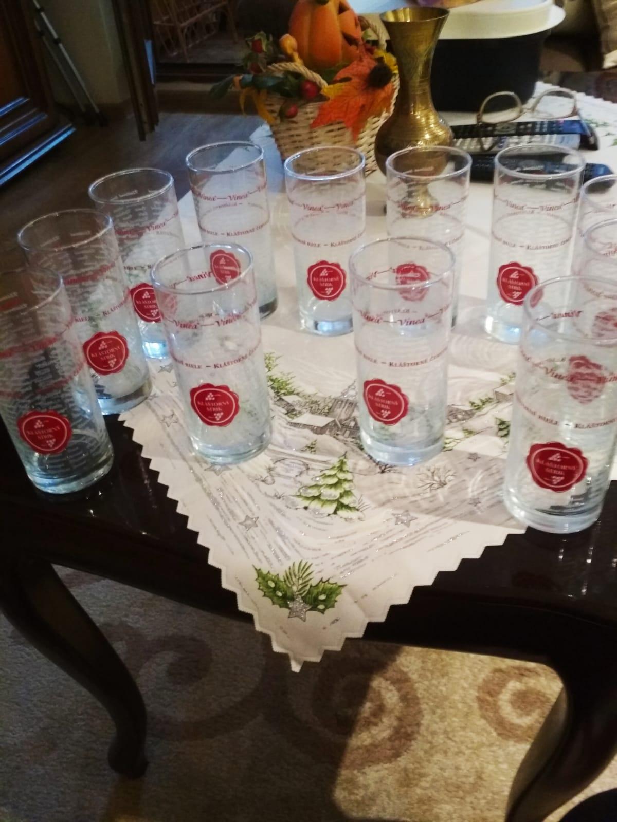 poháre na malinovku - Obrázok č. 1