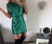 smargdové šaty., 36