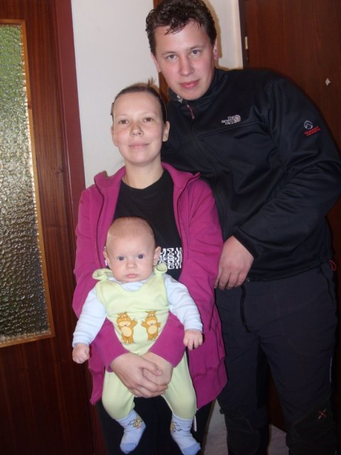 Katarína Matušíková{{_AND_}}Dušan Ivanič - ani sme sa nenazdali a sme traja. Miško sa narodil 17.12.2009