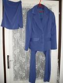 Modrý kostým, 36