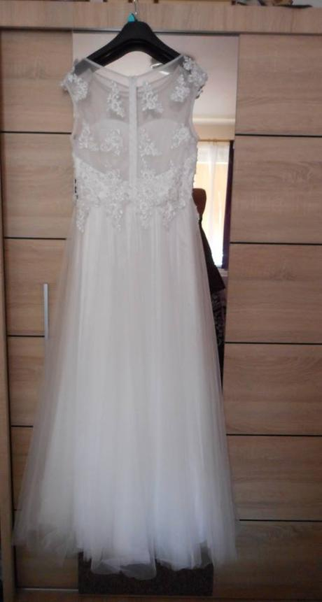 Svatební šaty -velmi slušivé - Obrázek č. 1