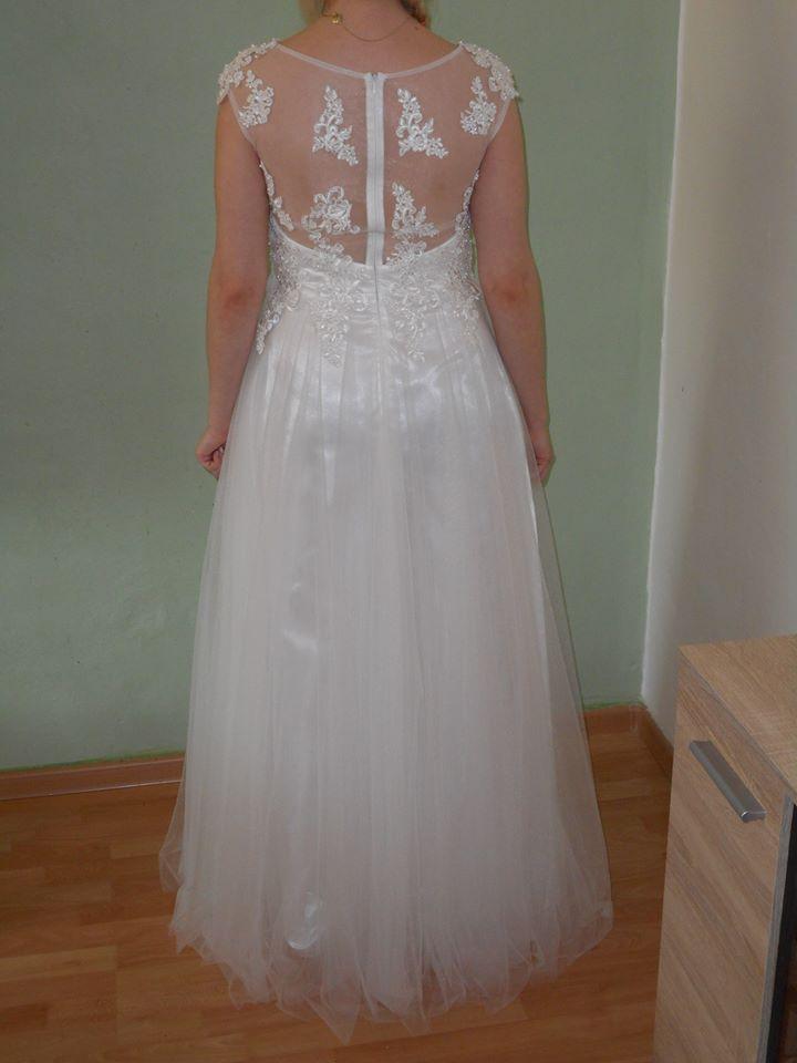 Svatební šaty -velmi slušivé - Obrázek č. 2