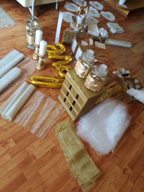 Organza zlatá - Obrázek č. 1