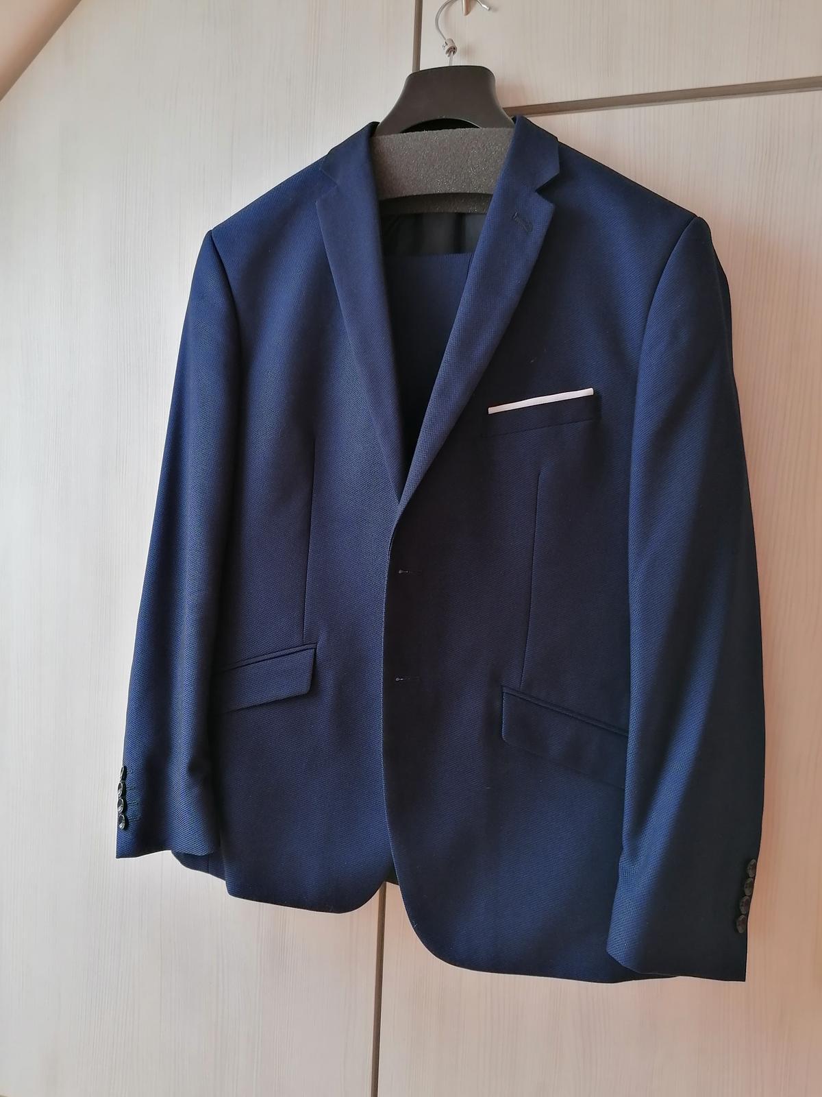 Modrý oblek- jako nový - Obrázek č. 1
