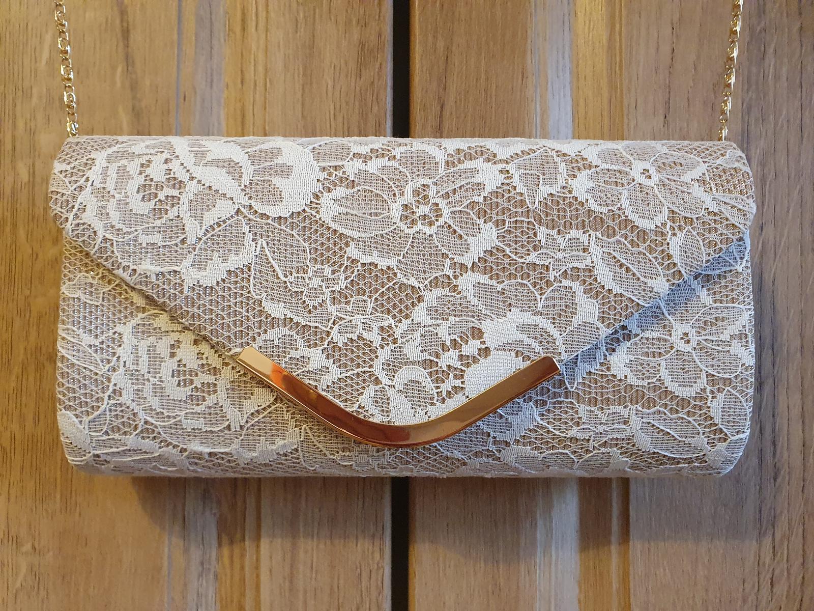 Čipkovaná kabelka - Obrázok č. 1