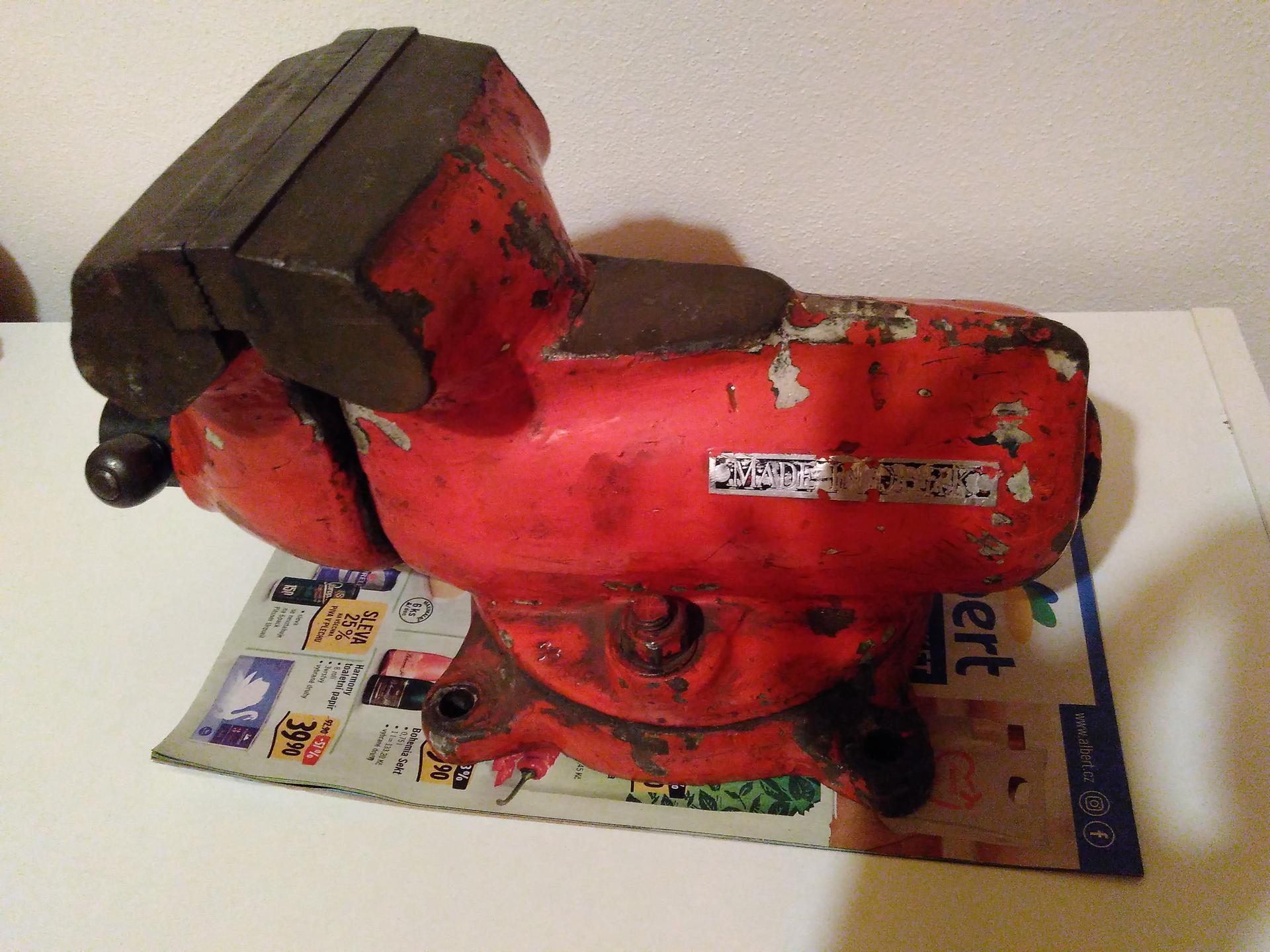 Renovace svěráku Made in D.P.R.K. - Obrázek č. 2
