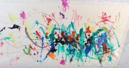 Dcerka napreduje :-), farby si vybera sama, vsetko si tam patla sama :-) a robi to lepsie nez ja! :-DDD