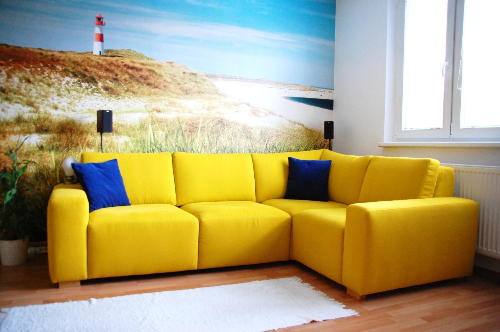 Obývačka bude - lážo plážo relax :-) - Tak konecne lepsie foto :-)... Rozmery sedacky: 2,5x1,7m,  sedacka Eden, www.nesia.sk