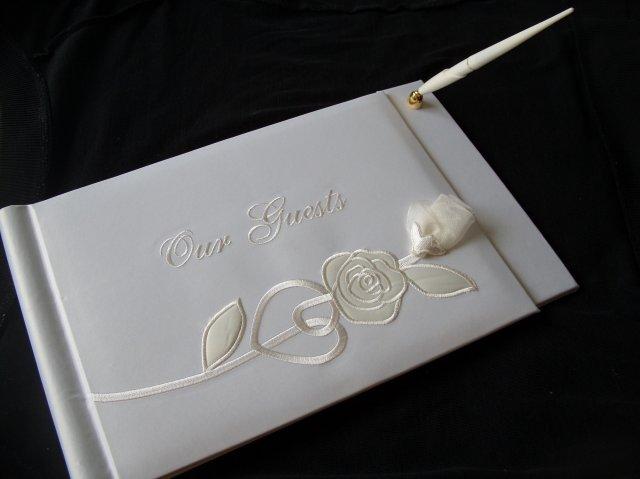 Náš deň 5.september 2009 - kniha pre hostí