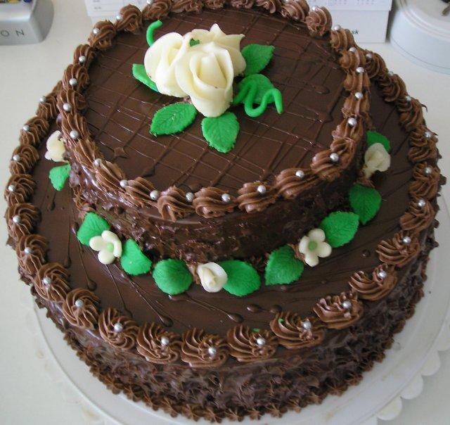 Náš deň 5.september 2009 - torta na zásnubách