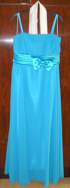 Náš deň 5.september 2009 - moje popolnočné šaty
