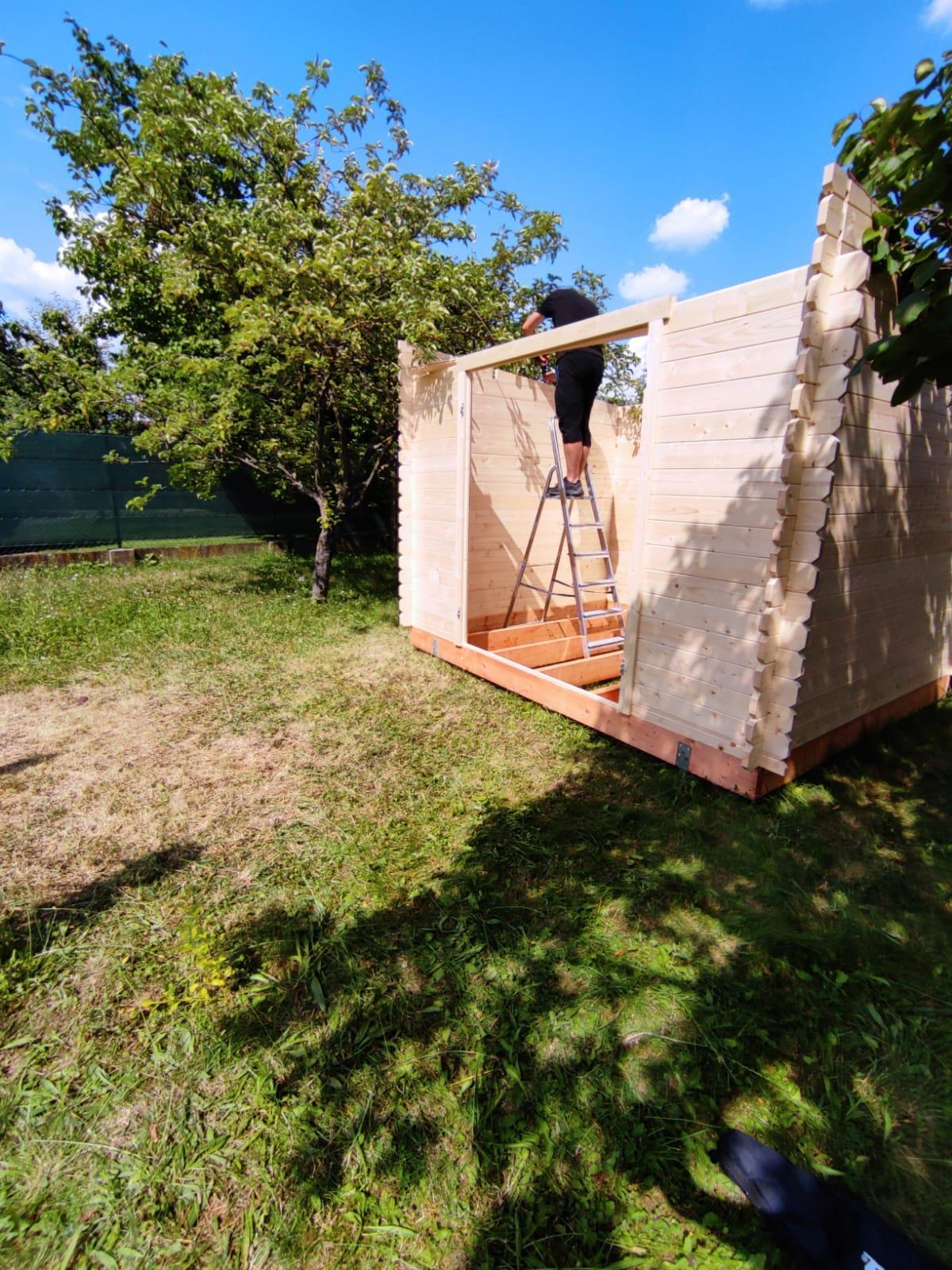Klasická jednoduchá záhradná chatka s pultovou strechou od www.drevo-domy.eu - Obrázok č. 2