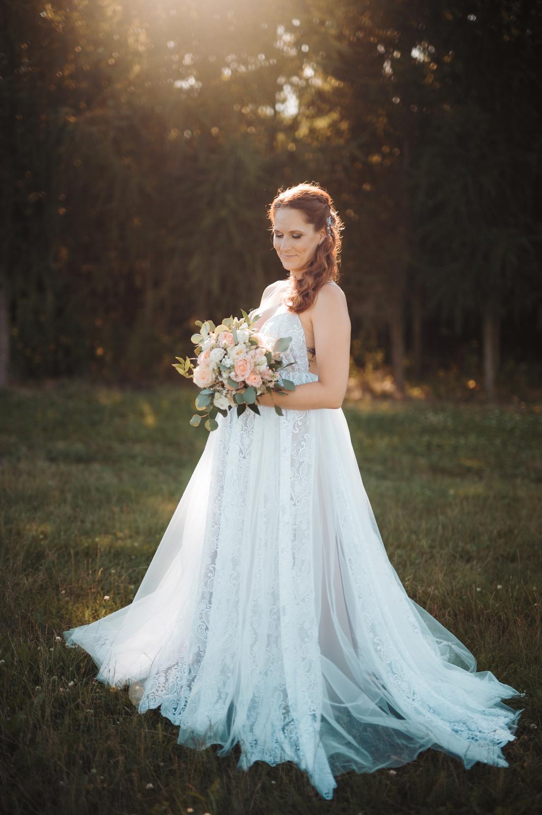 Svatební šaty krajkované - prodej - Obrázek č. 1