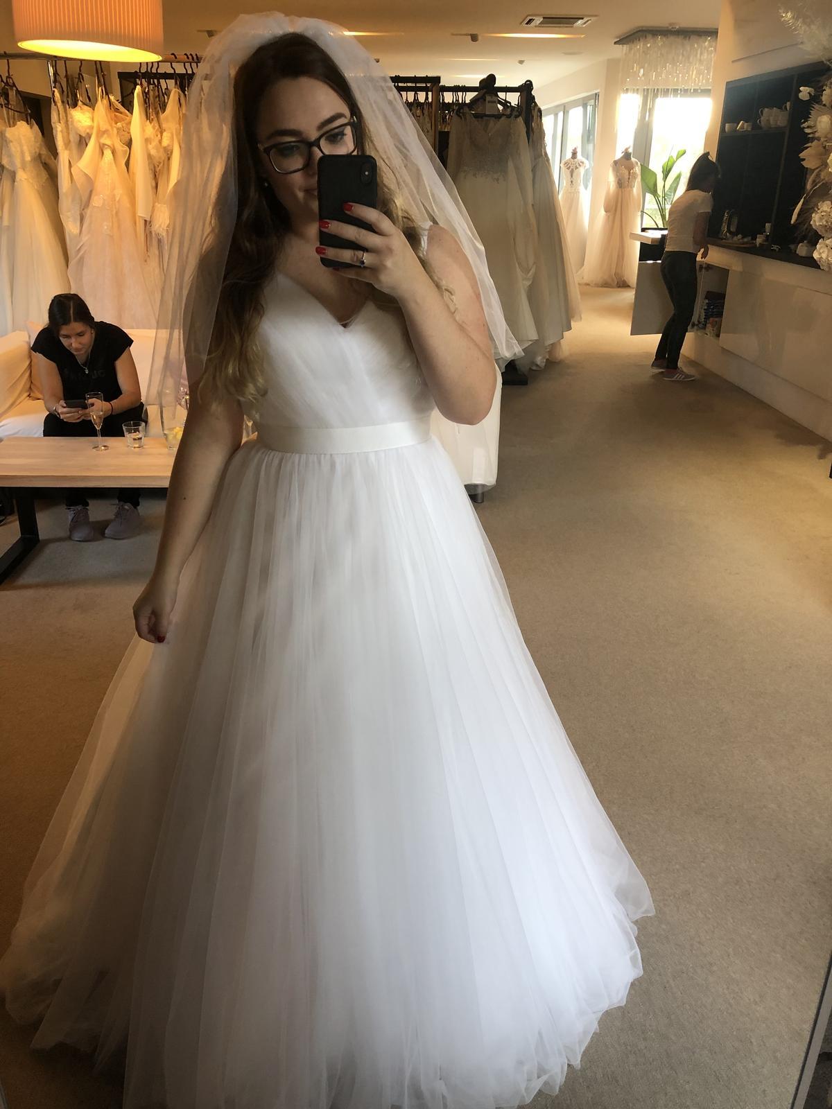 Prodám svatební šaty - Obrázek č. 1