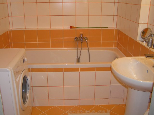 Evka{{_AND_}}Robino - pred rokom sme prerábali kúpelňu
