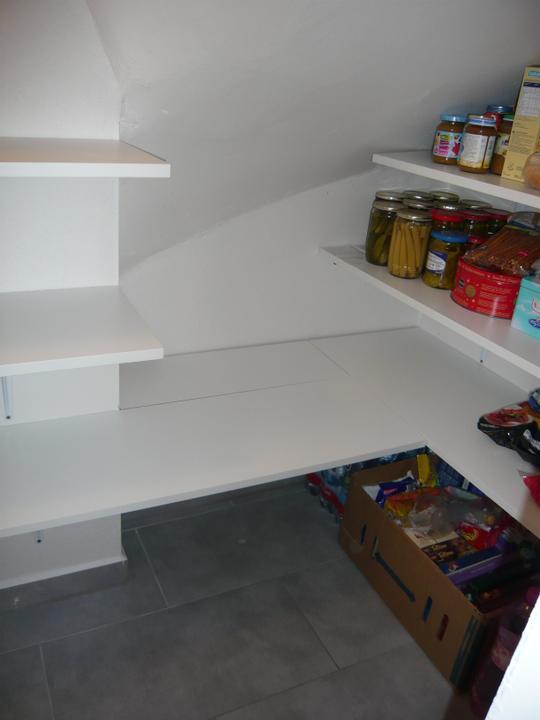 Náš domček2 - ... môžem ukladať zásoby :-)