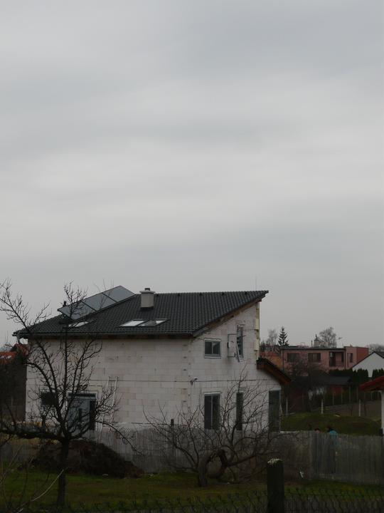 Náš domček2 - pohľad z prístupovej cesty