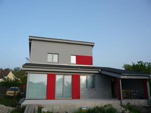 konečne fotky fasády - pohľad zo záhrady