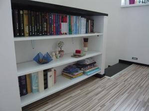 moja mini knižnica na chodbe