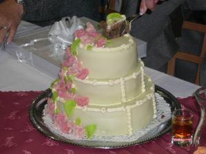 Náš svatební dort. Měla ho moje maminka na svatbě